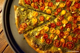basil pesto tomato pizza