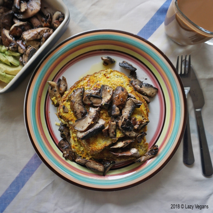 French toast with mushrooms and roasted garlic