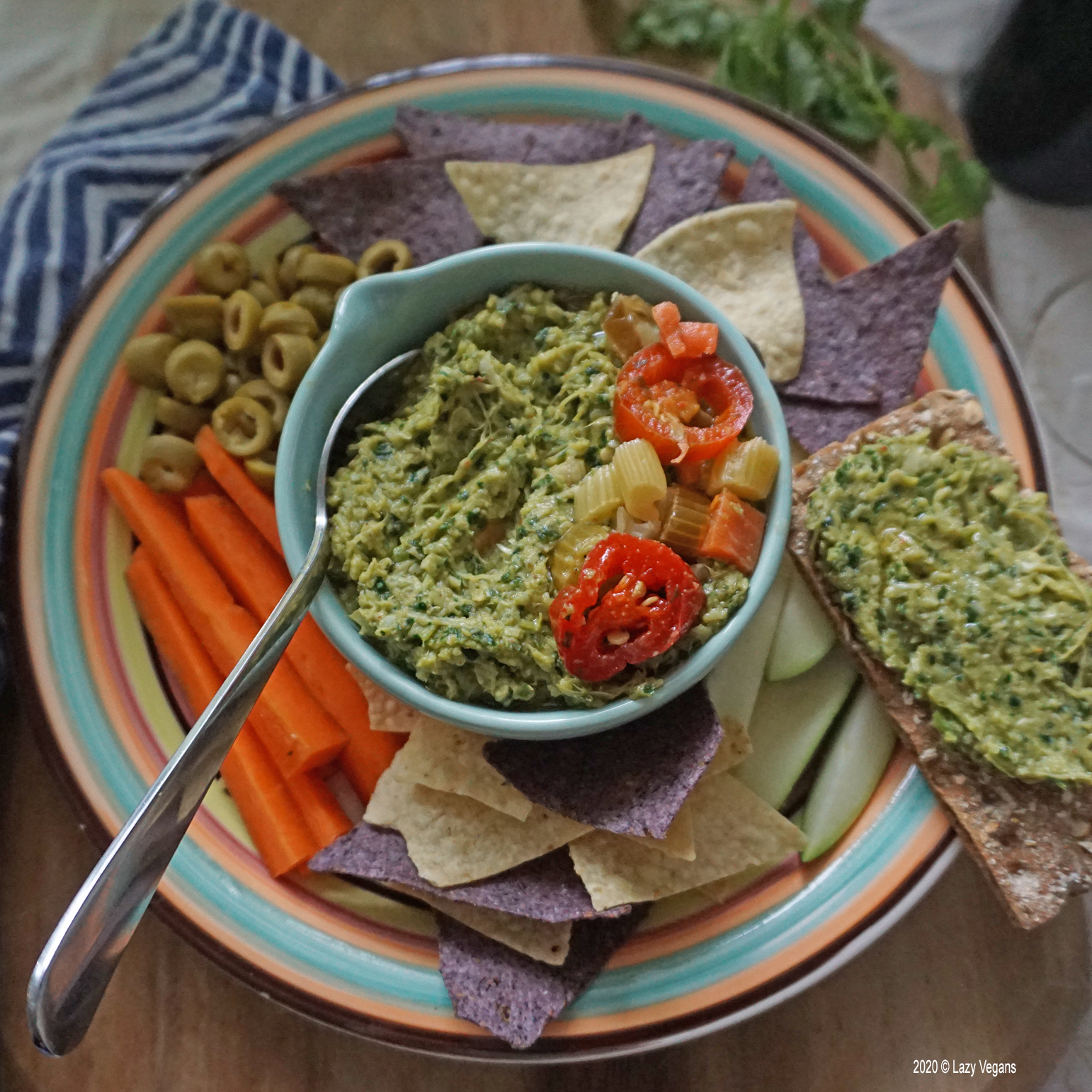 artichoke and kale dip with cracker