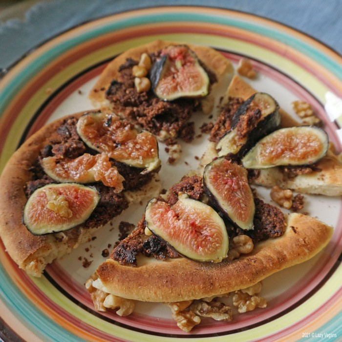 nutella pizza slices with figs and walnuts